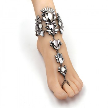 'Adne' Royal anklet / bracelet with large silver rhinestones
